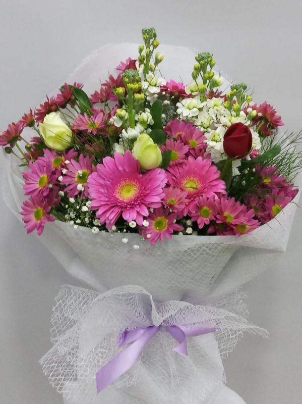 Karışık Çiçek Buketi