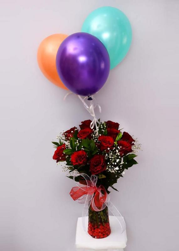 Uçan Balon ve 11 Kırmızı Gül