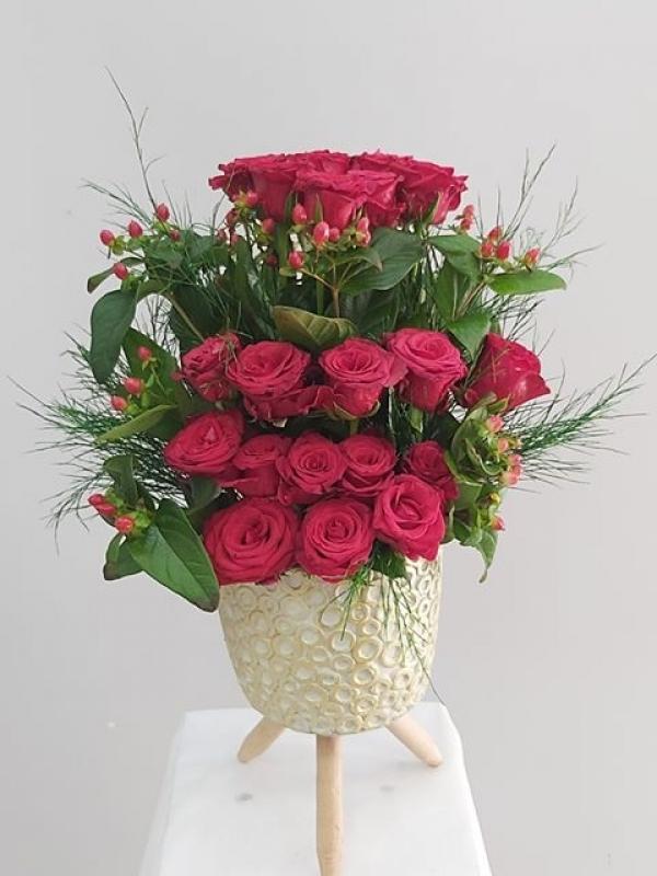 İthal Kırmızı Güller Özel Tasarım