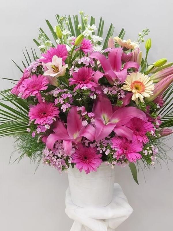 Pembe Çiçek Aranjmanı Özel