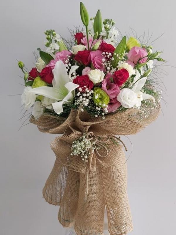 Rengarenk Çiçek Buketi