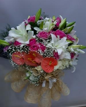 İzmir Çiçek Özel Buketi